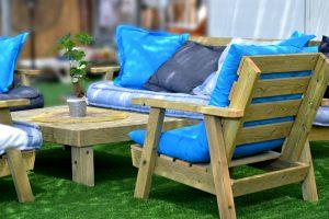 רהיטים לגינה